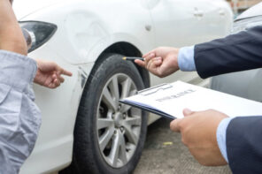 4 Reasons Why Should You Hire Car Accident Attorneys